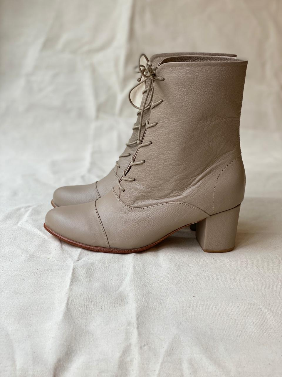 Modest Boot Nude Talla 37