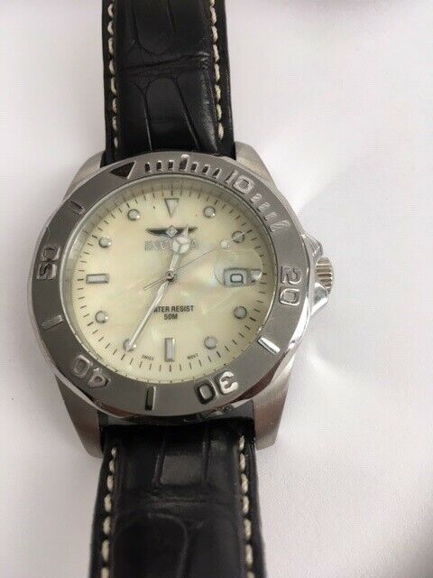 Invicta 0006 Pro Diver Quartz Watch Mother of Pearl Black Alligator Band USED