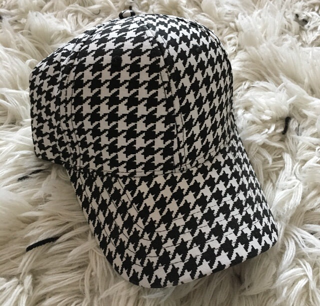 The SS20 Houndstooth Cap