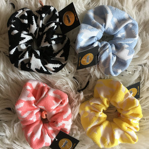 Summer Houndstooth Scrunchie