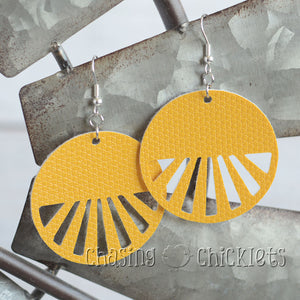 Round Ray Earrings