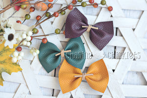 Fall Leather Bow Set