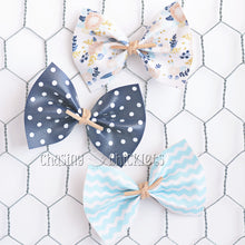 Blue Skies Ahead Bow Set