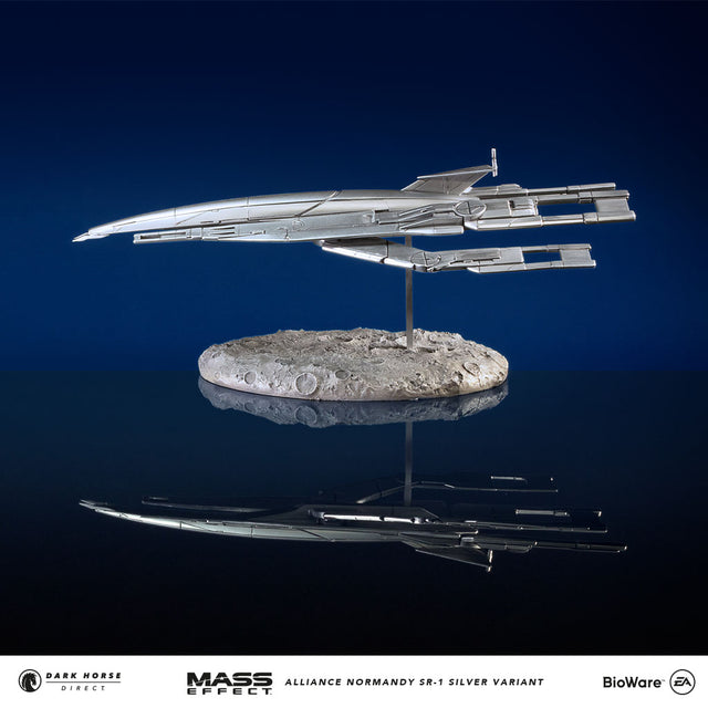Mass Effect: Alliance Normandy SR-1 Ship Replica (Silver Variant)