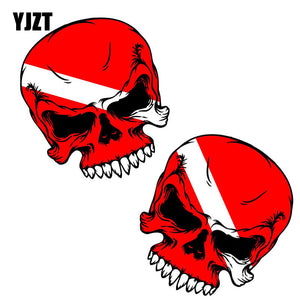 YJZT 7.6CM*8.3CM 2X SCUBA SKULL DIVER DOWN FLAG FACE DIVE GEAR TANK BAG Lnterest Car Sticker Reflective Decals C1-7091
