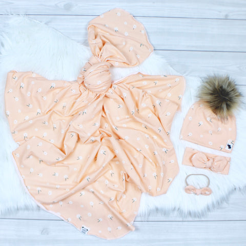 Peach Daisies Swaddle Set