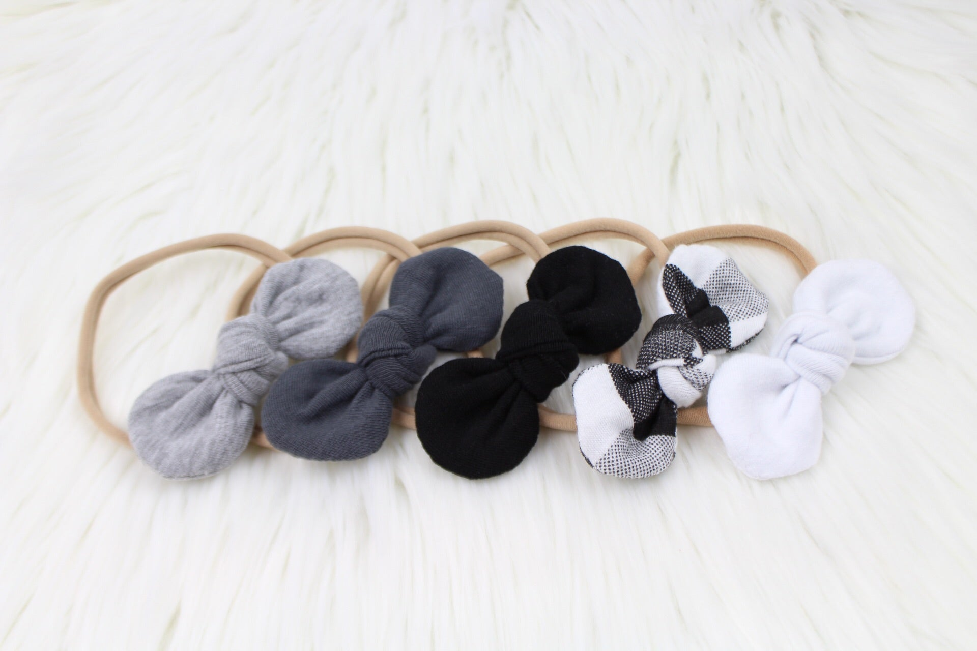 Monochrome Mini Knot Collection