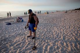 All About Metal Detecting Beaches
