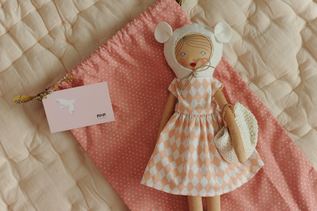 Bonjour Brune, beautiful handmade doll!