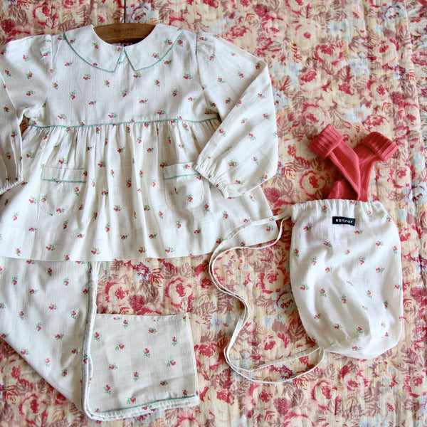 Small Flowers Girl Pyjama Set