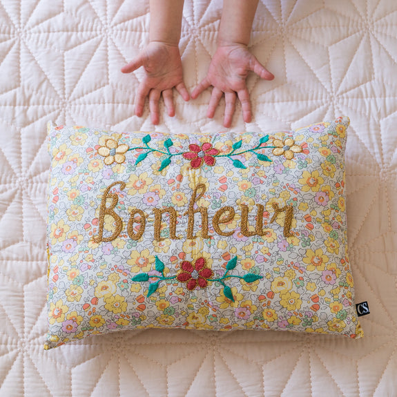 BELLE VIE Embroidered Pillow