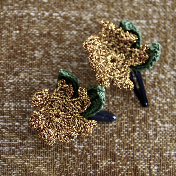 Gold Flowers Hair Clip with Pouch