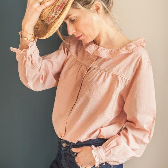 Woman Rose Quartz Plumetis Blouse
