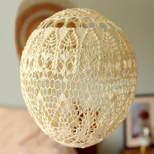 Cream Lace Balloon