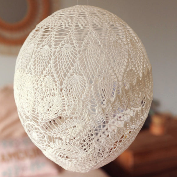 White Lace Balloon