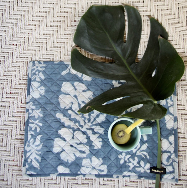 Blue Lagoon Tahiti Quilted Table Mat