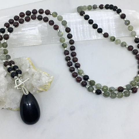 Make it Happen Mini Mala with Garnet, Labradorite and Onyx