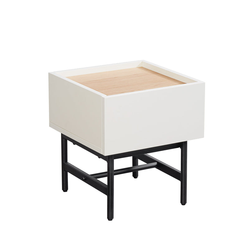 Valqee Side Table