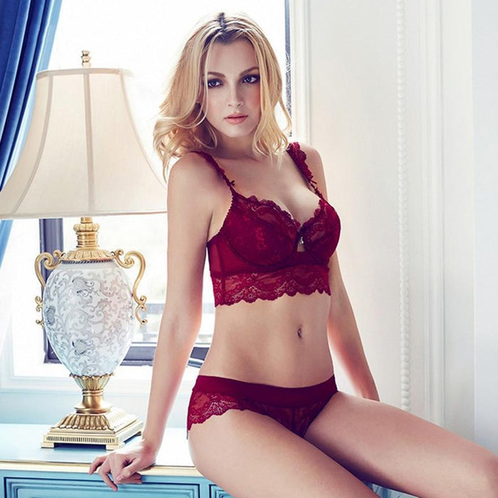 f5b796e0ed1 Womens Stylish Bra Set Lace Underwear Adjustable Thin Cup Lingerie Set  Flank Wide Womens Bras And