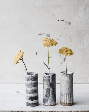 Rustic speckled grey and white slender vases 15.5cm tall (Group 2)
