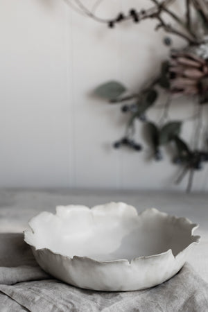 Petal bowl by clay beehive