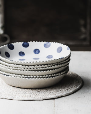PRE-ORDER Scallop rim Large Blue spot interior serving bowls
