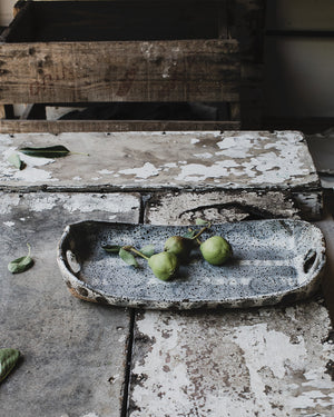 Rustic rectangular patterned platter with round curves