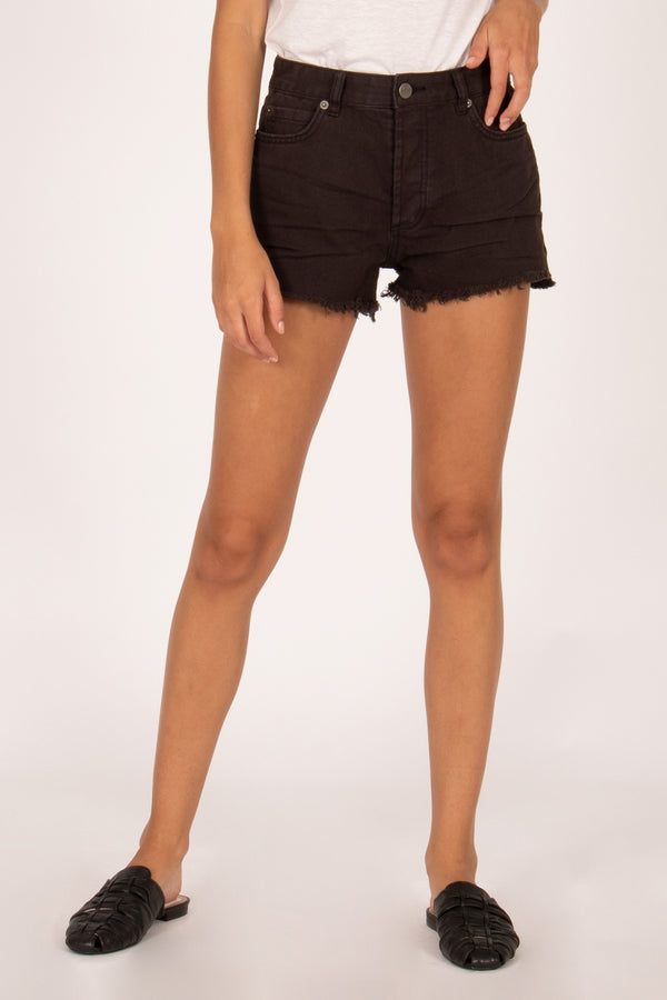 Shoreline Short - washed Black