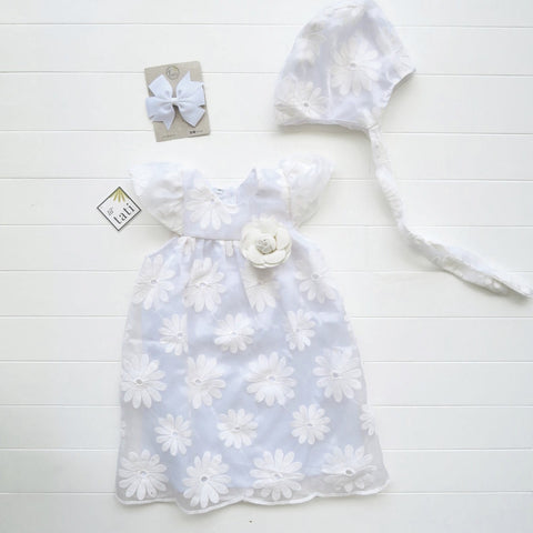 Magnolia Christening Set in Big Daisy Tulle Galaxy White-Lil' Tati