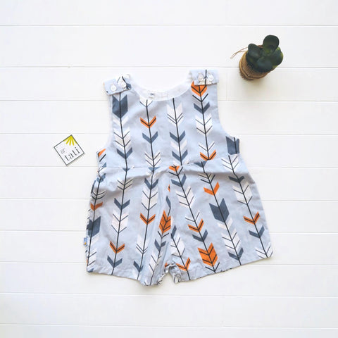 Oak Playsuit in Arrows Gray Print-Lil' Tati