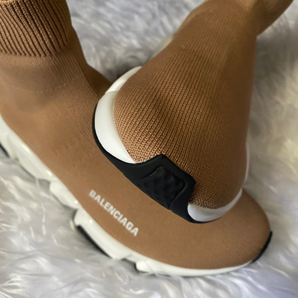 Nude Speed Trainers