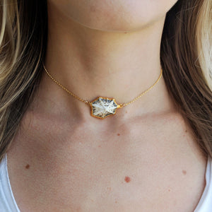 Grey Seashell Choker