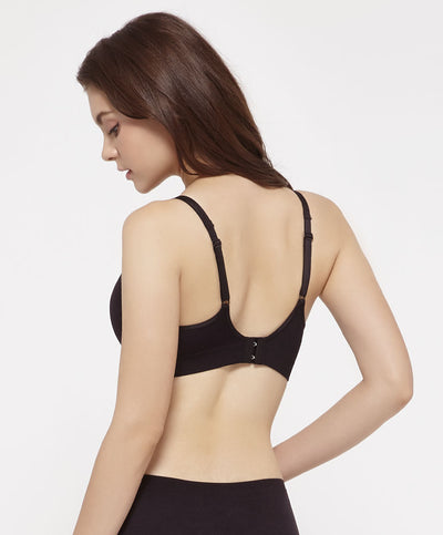 "BEST SELLING WIRELESS BRA! <br><font size=""3"" color=""#F08080"">2nd pcs at 50% off</font>"