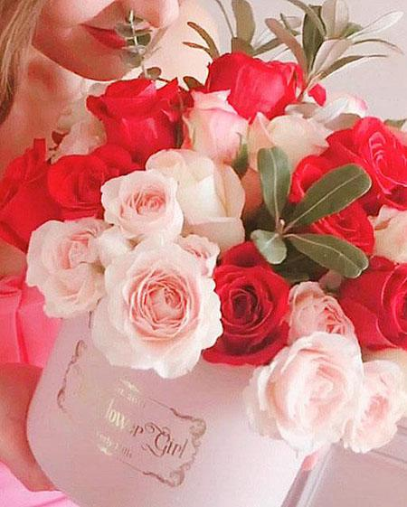 Pink and Red Luxury Rose Box