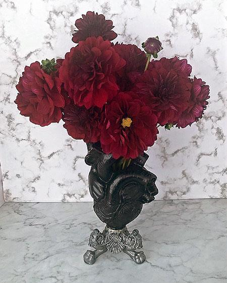 Halloween Bouquets Los Angeles 2020 Best Online Delivery Black Dahlias