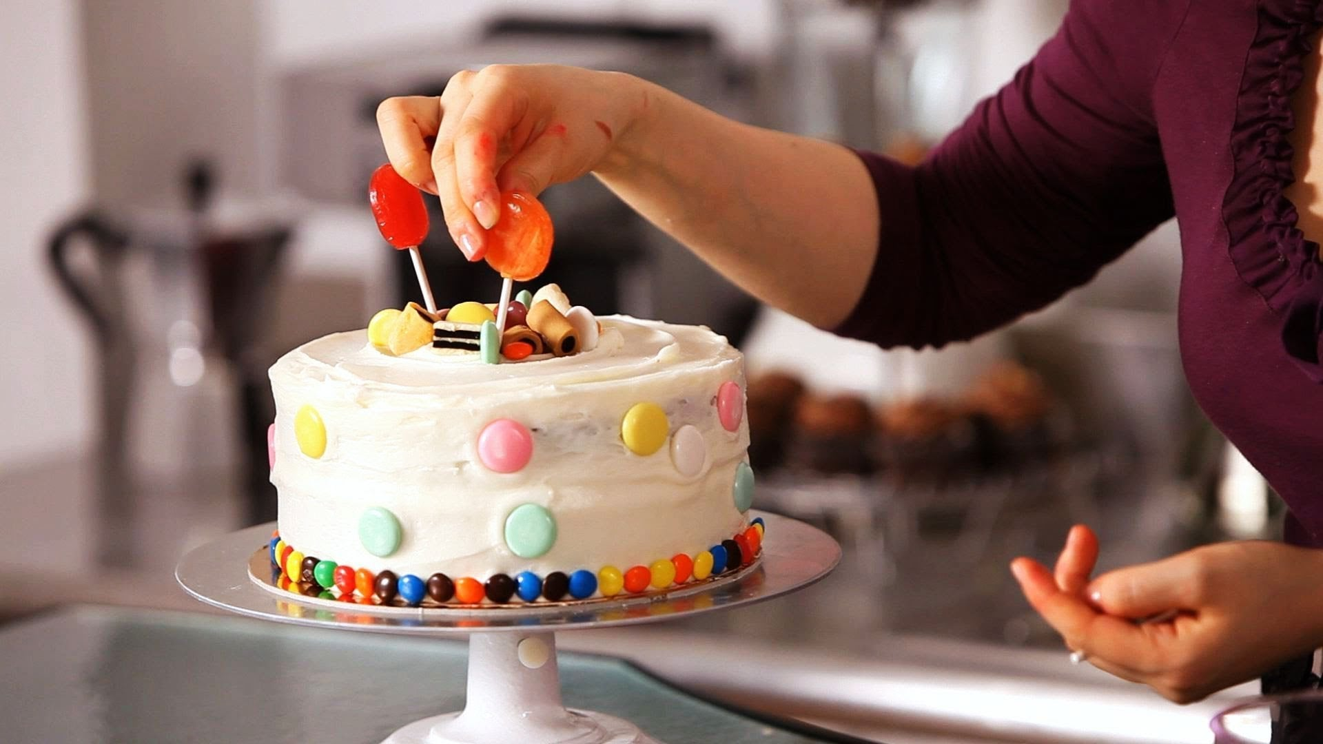 5 Easy-To-Follow Tips For Beginner Cake Decorating
