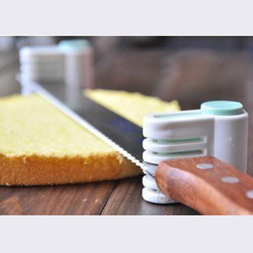 Cake Slicer and Smoother Set