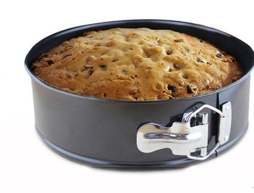 Springform Cake Pan(9 Inches).
