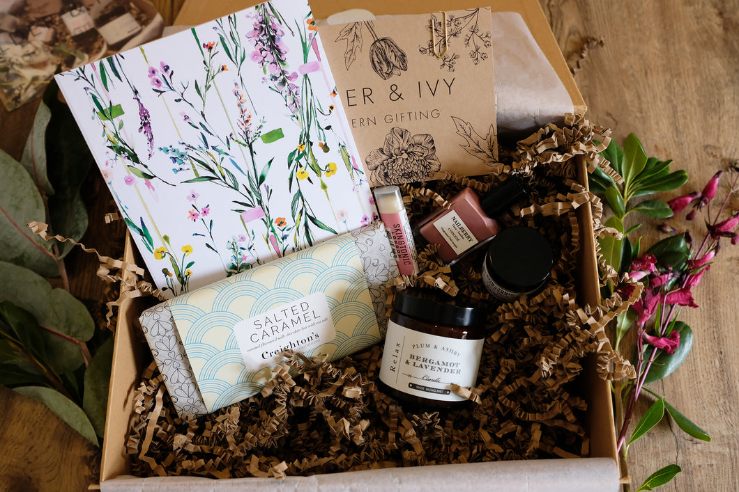 Chamomile Box - the one to relax. Thoughtful gift boxes for special occasions