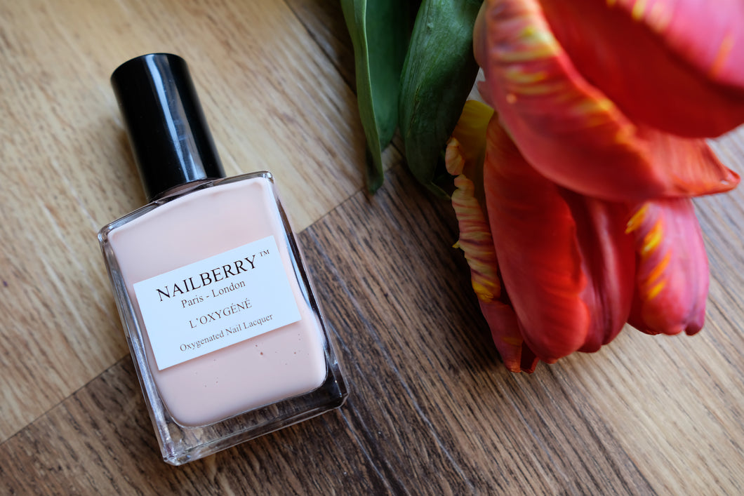 Au Naturel Nail Varnish