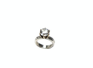Candy Solitaire Ring | Terry Schiefer