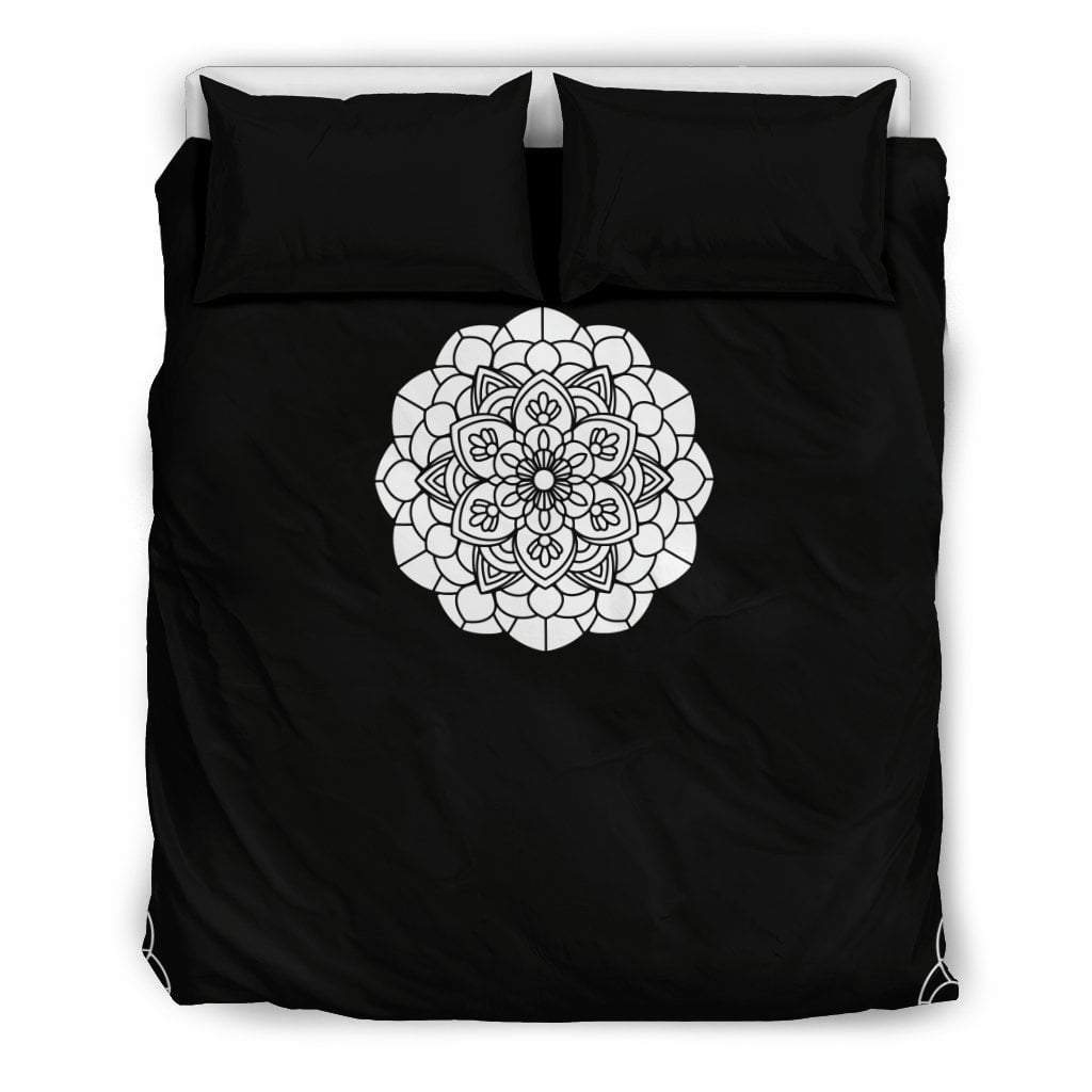 Pacific Pike -  Custom B&W Mandala Bedding Set  -  Bedding Set / US Queen/Full  -  Bedding Set