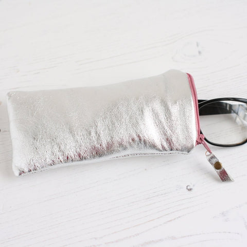 Silver leather, soft glasses case