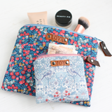 Blue makeup bag giftset
