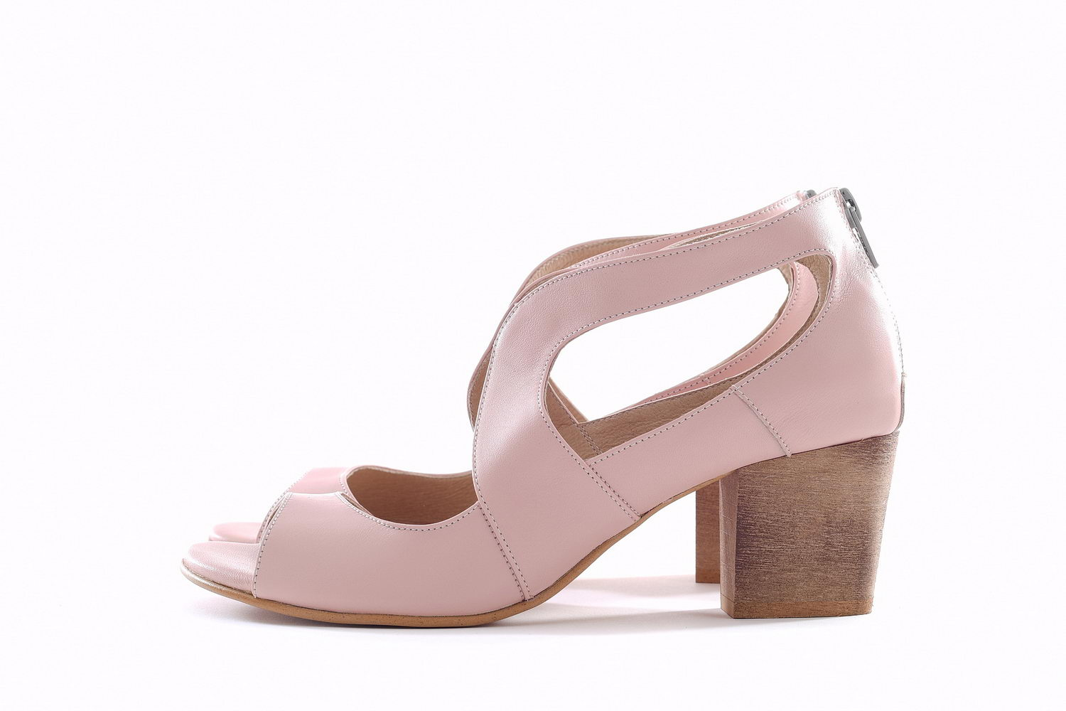 Swan Pumps - Light Pink