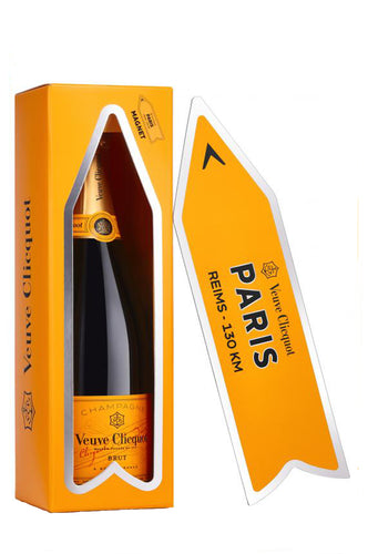 Veuve Clicquot Magnetic Arrow
