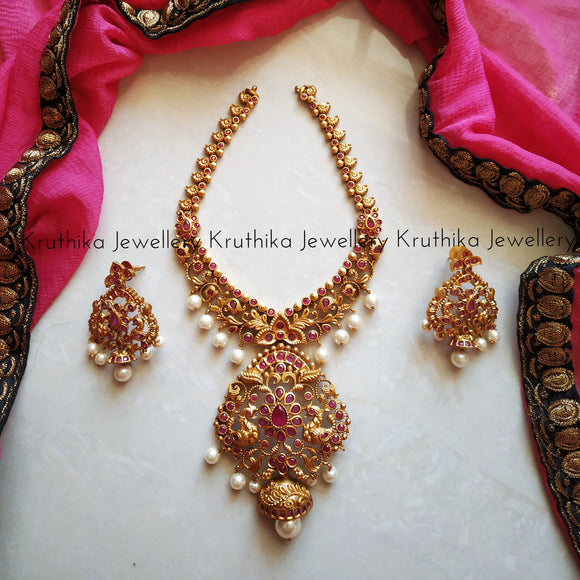 Matte finish Ruby Necklace set
