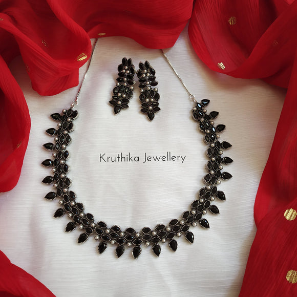 stone oxidised necklace set (3 colors available)