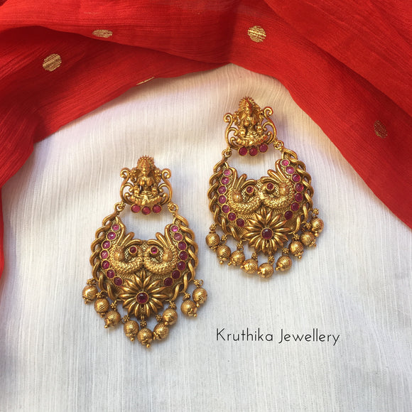 Lakshmi Devi swan earrings E73