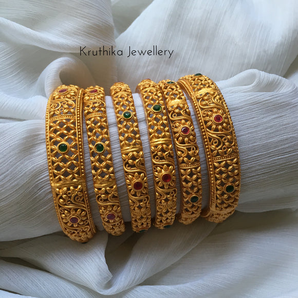 Matte finish multi stone bangles set